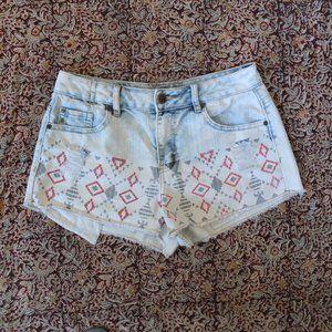 Hot Kiss Cici Short Aztec Denim Shorts Size 6